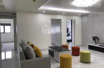 Chuyển về nhà riêng nên tôi có căn hộ tại N01T2 khu Ngoại Giao Đoàn cần cho thuê giá 11tr/th