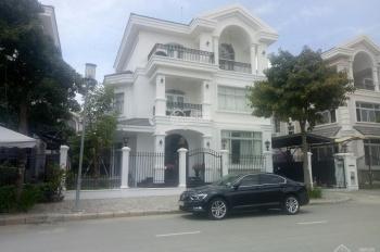 Cần cho thuê gấp biệt thự Mỹ Văn 2, PMH, Q7 nhà đẹp, mới 99%, giá tốt nhất thời điểm. LH 0917300798