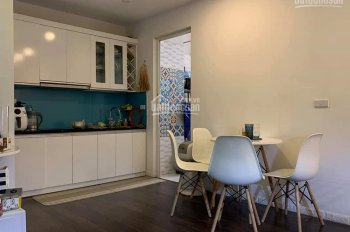 Cho thuê căn 1 phòng ngủ nhà gần đủ đồ giá 5 triệu, liên hệ 0962831650