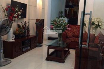Cho thuê nhà đường số Tân Quy, Quận 7. DT: 3,5x21m trệt 3 lầu 4PN giá: 25tr/th, LH: 0964584659 Việt