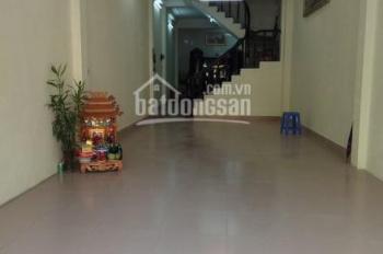 Cho thuê sàn 135m2 12tr/th (có thương lượng) mặt đường Xuân Đỉnh