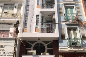 Cho thuê nhà mặt tiền đường Nguyễn Trãi Q5 đoạn 2 chiều, DT 4x15m, 5 lầu, giá 56tr. LH 0909655648