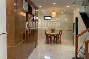 Chính chủ cần bán gấp nhà hẻm 1 trệt 3 lầu Huỳnh văn nghệ, phường 15, quận Tân bình. Lh: 0967309967