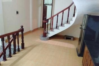 Cho thuê nhà riêng ô tô đỗ KĐT Đại Kim đường Nguyễn Cảnh Dị, DT 55m2 x 4 tầng, 15 tr/th