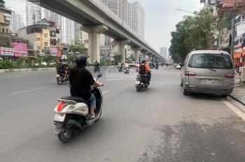 Bán nhà mặt phố Nguyễn Trãi, 28m2, 4 tầng, 3.6 tỷ, nhà mặt phố vỉa hè cực rộng kinh doanh sầm uất