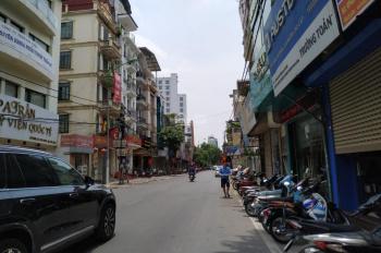 Nhà mặt phố Giảng Võ cần bán gấp, vỉa hè rộng, kinh doanh tốt, DT 60m2, MT 4m. LH 093 1568 166