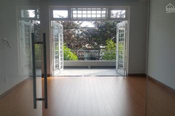 Cho thuê nhà mặt tiền trống suốt gần Phan Đăng Lưu - Lh: 0943 668 043