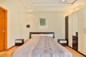 Thuê căn góc Saigon Pearl, 3PN 136m2 tầng cao, full nội thất đẹp mới 100% giá tốt. LH 0906278249