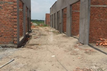 Nhà mới xây 4 x 9m, giá 260tr hoàn thiện