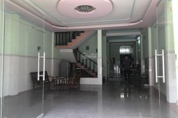 Bán nhà MT D1, KDC Phú Hòa 1, Thủ Dầu Một, BD. DT 123m2 (6x20,5m) 1 trệt + 2 lầu + sân, giá 14 tỷ
