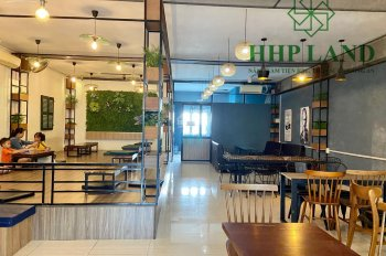 Sang gấp quán với giá rẻ hiện đang kinh doanh đối diện trường Công Nghệ Đồng Nai, 0976711267 (Thư)