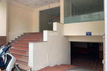 Cho thuê nhà mặt phố Nguyên Hồng, DT: 100m2 x 2 tầng, MT: 8m, nhà siêu đẹp