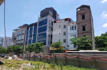 Bán gấp nhà mặt phố Phạm Văn Đồng, Cầu Giấy 220m2x5T chỉ 24.7 tỷ