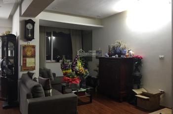 Hot! Cho thuê căn hộ Hà Thành Plaza 102 Thái Thịnh để ở hoặc làm văn phòng, LH 0967663687