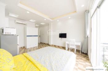 Cho thuê nhà 4x20m, 7 lầu 14PN có thang máy Cô Giang Q. 1 giá 55tr/tháng. LH 0909016464