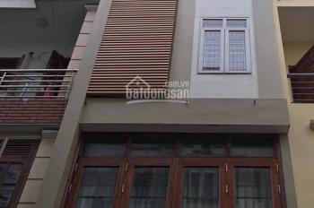 Kẹt tiền bán gấp nhà mặt tiền Nguyễn Trãi, P3, Q5 đoạn 2 chiều KD thời trang