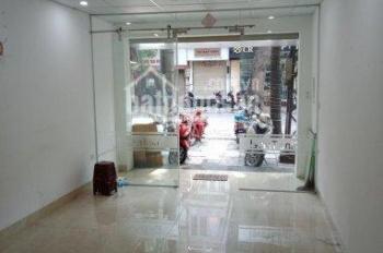 Cho thuê nhà mặt phố Bạch Mai, DT: 100m2 x 2 tầng, MT 6,5m thông sàn