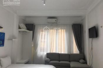 Cho thuê căn hộ tầng 4 đủ đồ phố Hàm Long, gần Bà Triệu, nhà mới, tiện nghi cao cấp!