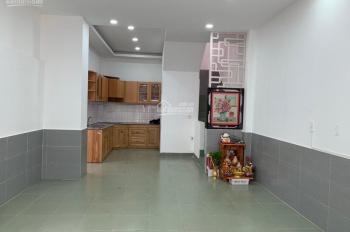 Cho thuê nhà hẻm xe hơi Đường Dương Quảng Hàm, P6, Gò Vấp. Liên hệ 0902.706.345