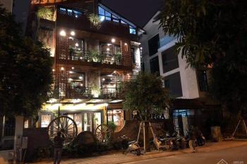 Cho thuê nhà mặt phố Thái Hà, DT 100m2*2T, MT 6m, giá 40tr/th, KD mọi mô hình, LH 0839243979