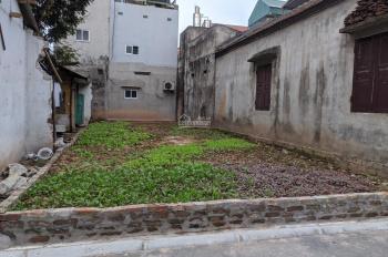 Cực hiếm, bán đất ngõ Ngô Gia Tự, 57m2, MT 5m, ngõ taxi tránh, giá chỉ: 5.25 tỷ, LH: 037.585.1991