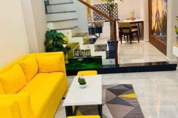 Nhà cần bán gấp, sổ hồng riêng, Quận Bình Tân. Liên hệ: 0798832581