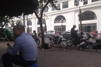 Cho thuê biệt thự liền kề phố Lê Văn Thiêm, Thanh Xuân. Mặt đường nội bộ, DT 110m2 xây 65m2x3,5T