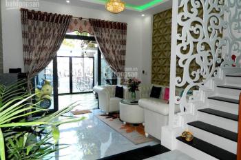 Cho thuê nhà MT Đồng Khởi, P. Bến Nghé, Q.1: 7x20m, trệt 2 tầng, 139tr/th