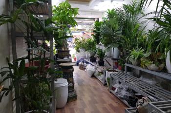Bán nhà mặt phố + kinh doanh 4T đẹp nhất Hoàng Hoa Thám
