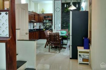 Cho thuê nhà hẻm Bờ Bao Tân Thắng, 4,5x15m, 3 tấm, hẻm 8m nhựa, cách Aeon 200m. Giá 13tr/tháng