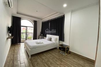 Cho thuê khách sạn đường Yên Thế Tân Bình sát sân bay 8x20m H7L thang máy 22P giá 125 triệu TL