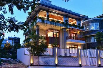 Bán nhà đường Nguyễn Chí Thanh, Quận 5, 8 x 20m, 2 lầu