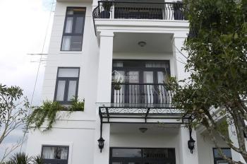 Nhà mới xây 1 trệt 2 lầu, MT Trần Văn Giàu, dt 5x23m, SHR. LH 0933160097