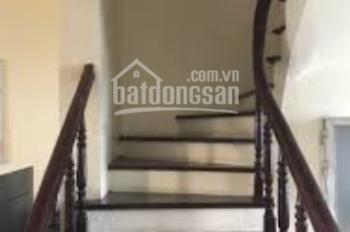 Cho thuê nhà ở An Dương Vương, 80m2 x 3 tầng, 4 phòng ngủ, full đồ