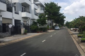 Bán Biệt thự KDC GIA HÒA Đỗ Xuân Hợp Phước Long B Quận 9 DT 7 x 19 1 trệt 3 lầu giá 11 tỷ
