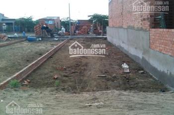 Cần bán lô đất 125m2 cạnh Chợ Việt Kiều huyện Củ Chi, MT đường 10m, giá 950 triệu sổ hồng riêng