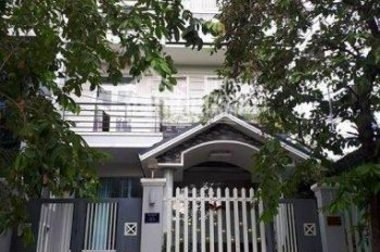 Cần bán gấp căn nhà đường Trần Quý, giá chỉ hơn 5 tỷ, DT: 4 x 9m