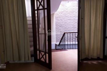 Cho thuê nhà Núi Trúc 35m2*4.5 tầng thiết kế 5pn giá 15 triệu/th