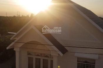 Nhà liền kề gần Quốc Lộ 60, thiết kế đẹp, đảm bảo an ninh - 0338825939