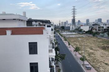 Bà mình cần cho thuê căn hộ nguyên căn khu đô thị Lê Hồng Phong II giá 40tr/tháng Lh: 093.204.9535