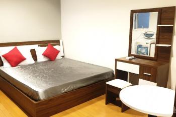 Cho thuê căn hộ 1PN, đầy đủ tiện nghi, vào ở ngay tại Sky Center, 5 phút đến sân bay Tân Sơn Nhất