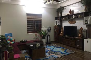 Bán căn hộ chung cư 100m2 tại ngõ 28 Xuân La, cách Hồ Tây 200m, LH: 0968494084