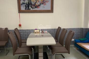 Kẹt tiền cần bán khách sạn đường Lê Văn Khương, Tân Thới An, Quận 12, doanh thu tháng 150 triệu
