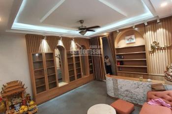 Bán nhà ngõ 91 Nguyễn Chí Thanh, thông Nguyên Hồng, Đống Đa. 40m2, 4 tầng, 4.6m MT, giá 7.4 tỷ