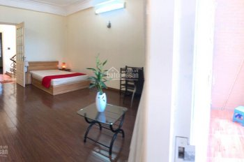 Cho thuê nhà riêng Đội Cấn, Ba Đình, 100m2, 4 tầng 4 pn, nt full đồ, không gian đẹp. 0364704320
