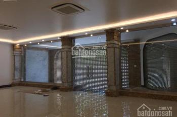 Cho thuê nhà mặt phố Giải Phóng - gần bến xe Nước Ngầm DT 220 m2, MT 20m, 1 tầng