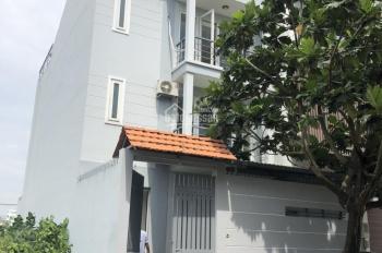 Bán nhà dự án Quang Trung ngay UBND quận 2, 7x20m, 1 trệt 2 lầu áp mái, sổ hồng, 12,5 tỷ