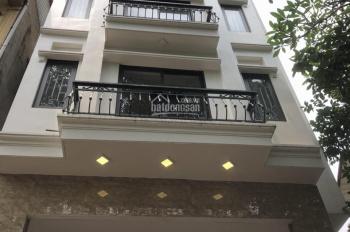 Cho thuê nhà liền kề nguyễn huy tưởng, Diện tích 80m2*5 tầng, Mặt tiền 5,5m , giá 40 tr/tháng