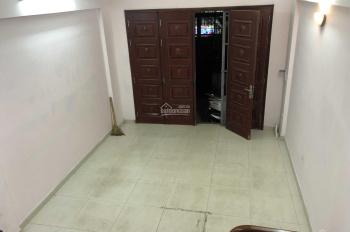 Cho thuê nhà 45m2 x 5T ở Tô Vĩnh Diện, ngõ ô tô thông thoáng thích hợp làm văn phòng. Giá 12tr/th
