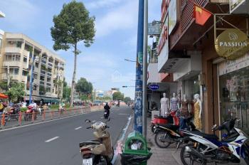 Cho thuê MB kinh doanh Võ Thị Sáu - Đinh Tiên Hoàng, Q1. DT: 4.5x15m khu vực kinh doanh sầm uất